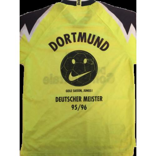 VINTAGE NIKE PREMIER Borussia Dortmund DIE CONTINENTALE